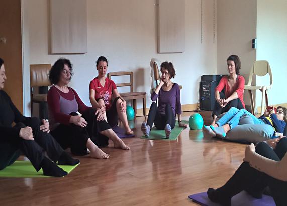 apprendre pr server et soulager son dos nandini yoga yoga pilates et bien tre. Black Bedroom Furniture Sets. Home Design Ideas